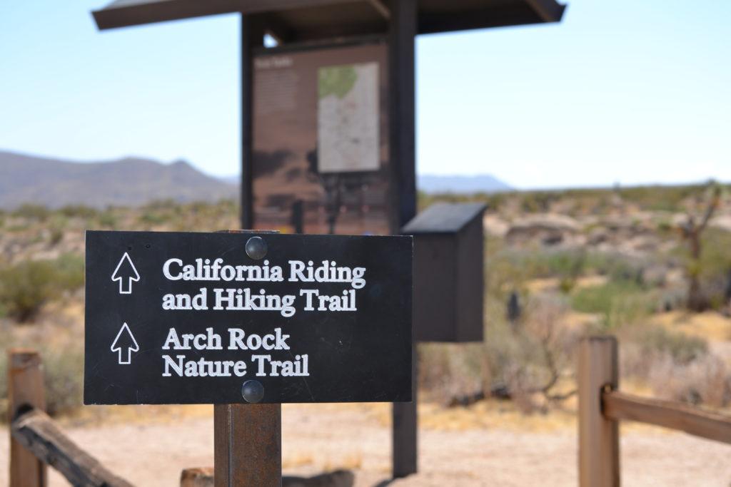 joshua-tree-natinal-park-camping-climbing-hiking-adventure-tour-twin-tanks-backcountry-registration-board-1